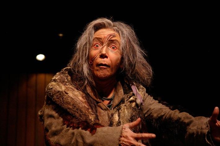 Emoé de la Parra festeja los 10 años de Círculo Teatral