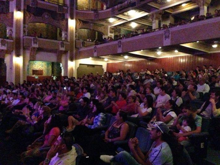 Emoé de la Parra comparte esta imagen del público en Torreón